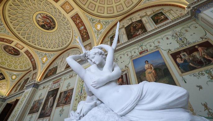 «Девушка с веслом» и Аполлон на купюре: как в России и мире боролись с обнаженной скульптурой