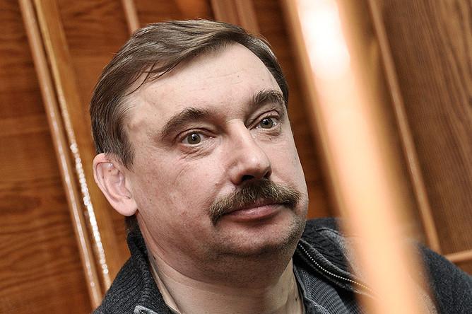 Бывший управляющий свердловским отделением ПФР Сергей Дубинкин, приговорен к десяти годам лишения свободы