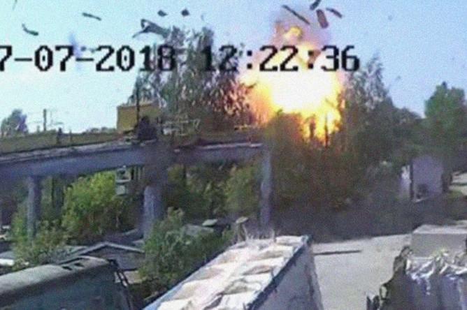Момент взрыва на Литовской улице в Санкт-Петербурге, 17 июля 2018 года