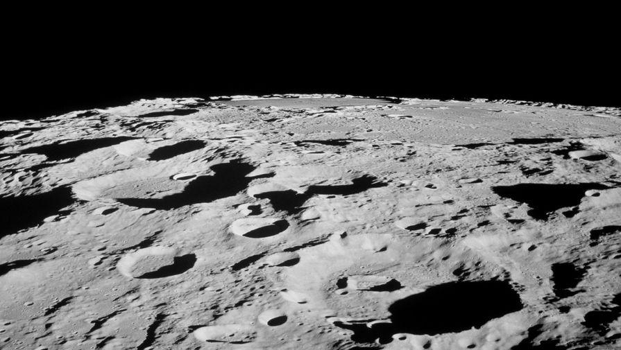 Китайский «Чанъэ-4» приблизился к Луне