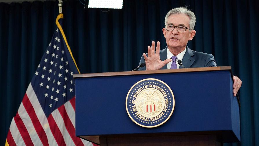 Глава ФРС США Джером Пауэлл во время пресс-конференции в Вашингтоне, июль 2019 года