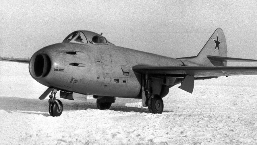 Первый советский турбореактивный истребитель МиГ-9