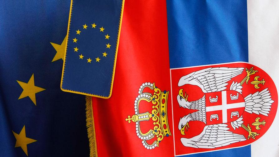 Протестующие заблокировали здание гостелевидения Сербии