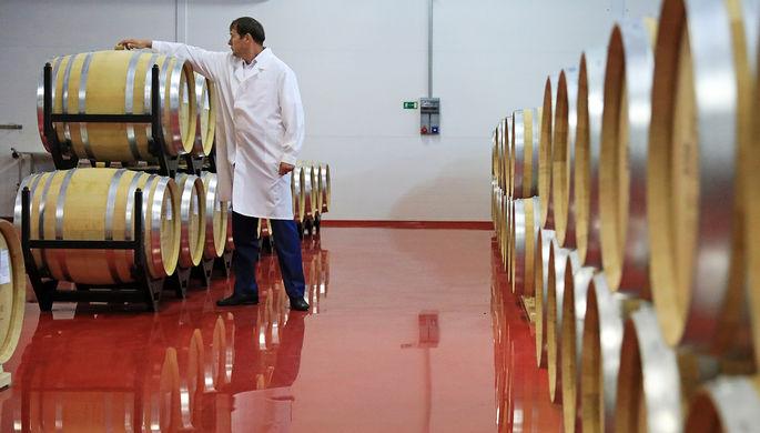 Кризис ни при чем: в России стали производить меньше вина