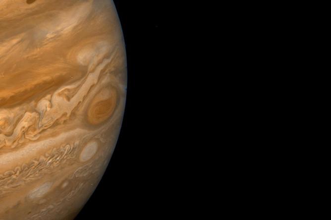 Большое красное пятно Юпитера, снятое «Вояджером»