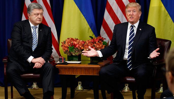 Президент Украины Петр Порошенко и президент США Дональд Трамп во время встречи, 21 сентября 2017...