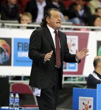 Генеральный менеджер российской сборной Шабтай Калманович во время полуфинального матча на чемпионате Европы по баскетболу между сборными России и Испании, 2009 год