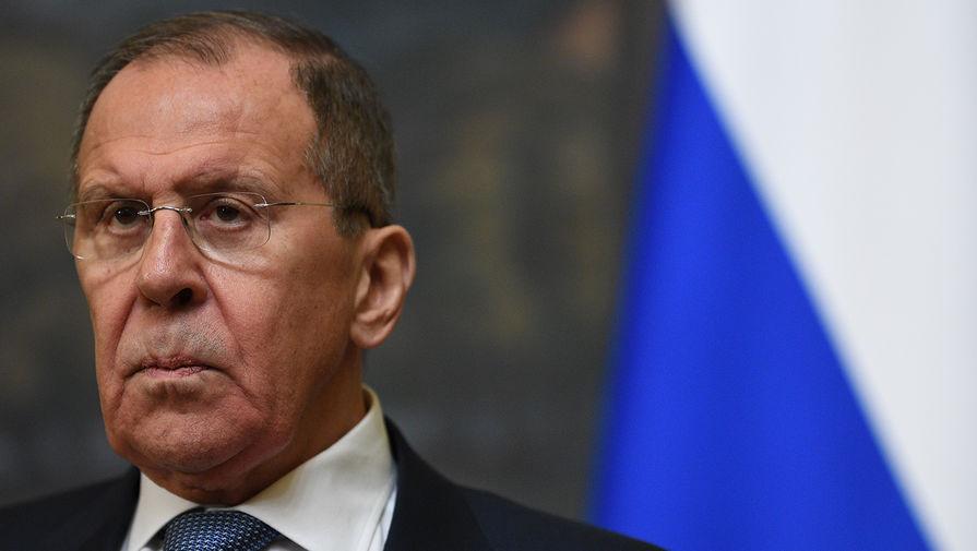 Лавров обсудил с главой МИД ОАЭ вывоз россиян домой