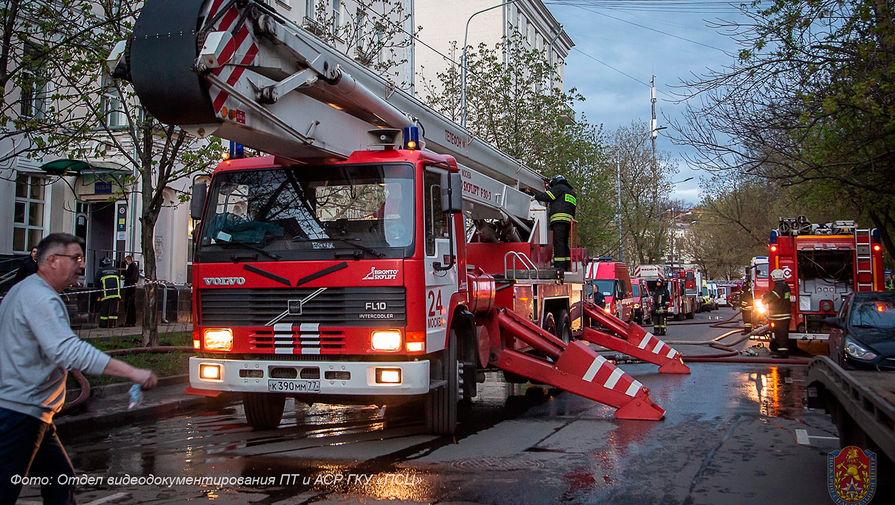 В результате пожара в столичной гостинице пострадали 18 человек
