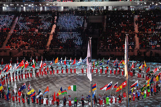 Парад атлетов на церемонии закрытия XXIII зимних Олимпийских игр в Пхенчхане