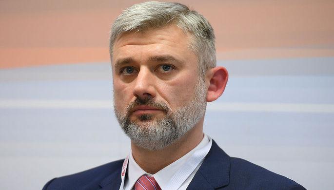 Министр транспорта Евгений Дитрих (сменил на посту Максима Соколова)