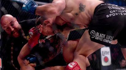 Бейдер отправил в нокаут Федора Емельяненко и стал чемпионом Bellator