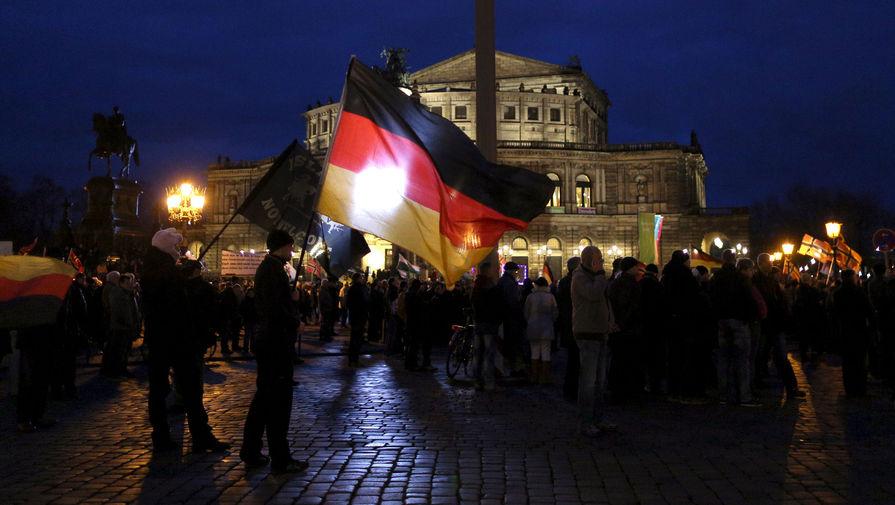 Handelsblatt: немецкий бизнес недоволен бездействием Меркель на фоне санкций против РФ