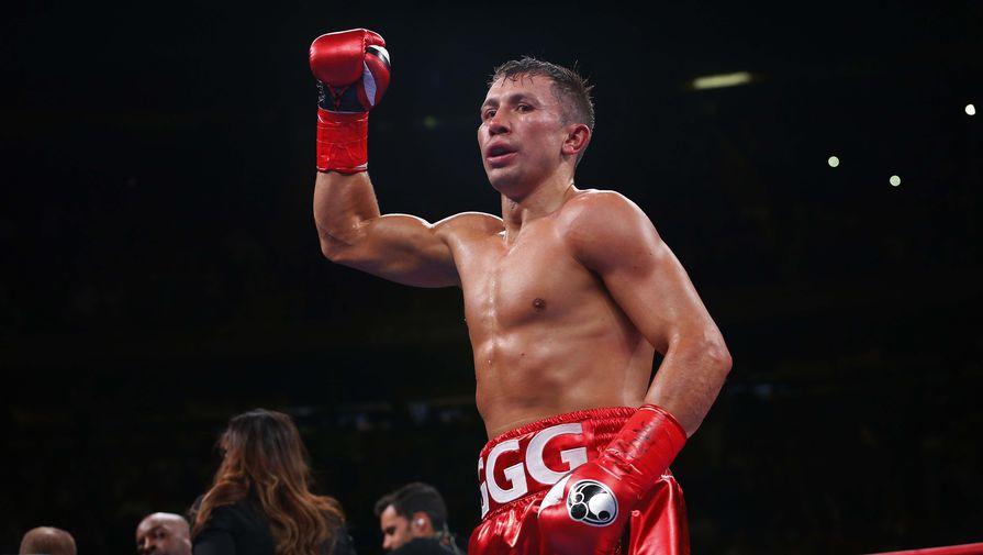 Казахстанский боксер Геннадий Головкин после победы над Стивом Роллсом