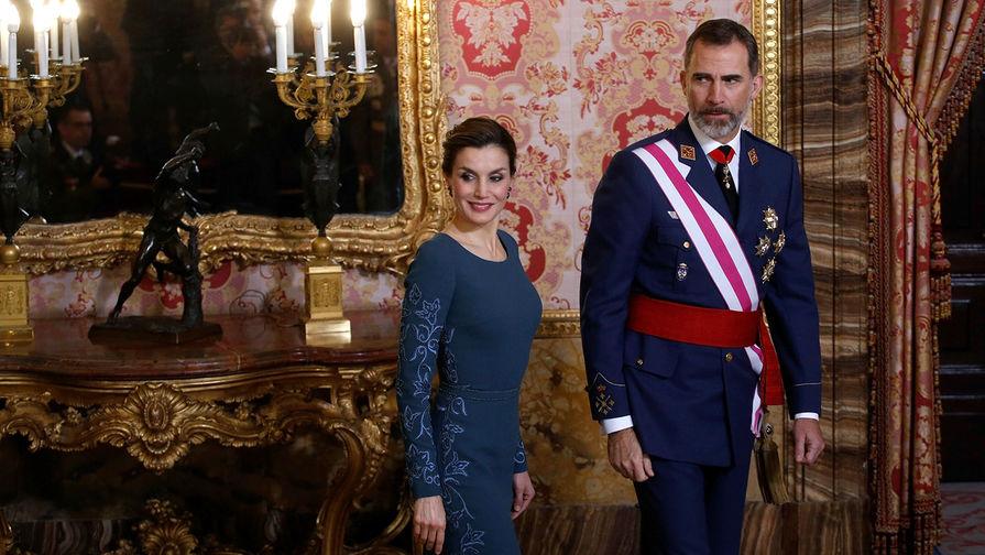 Коррупция и охота на слонов: главные скандалы испанских королей