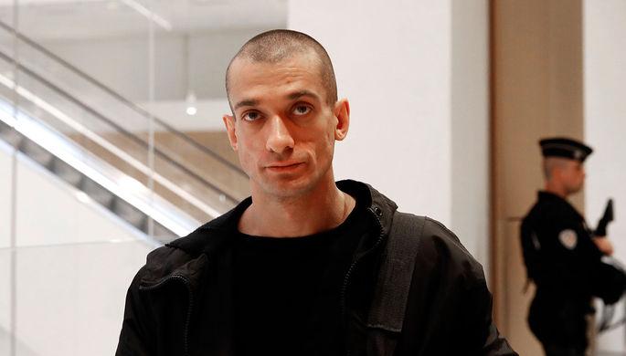 Задержан в Париже: что известно о судьбе Павленского