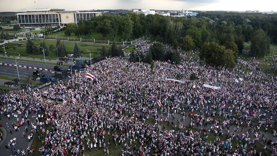 Во время «Марша мира и независимости» в Минске, 30 августа 2020 года