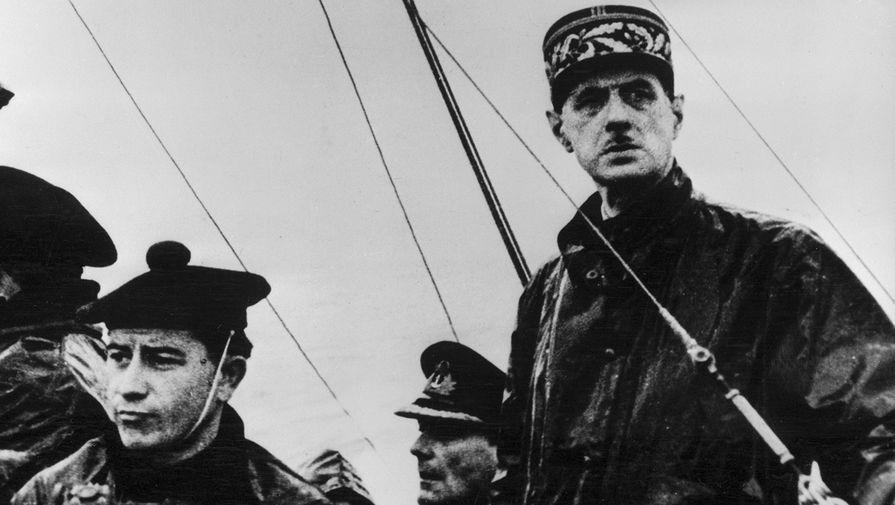 Генерал Шарль де Голль на борту французского судна, 1941 год