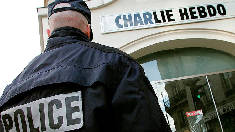 Еще пять человек задержаны после нападения на людей у старого здания Charlie Hebdo