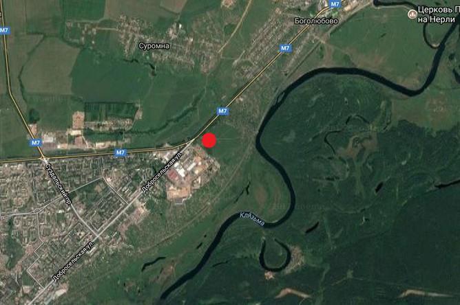 Местоположение стоянки Сунгирь (отмечено красной точкой) в окрестностях г. Владимир, возле впадения ручья Сунгирь в р. Клязьму