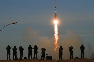 Старт ракеты-носителя «Союз-ФГ» с пилотируемым кораблем «Союз МС-11» со стартового стола первой «Гагаринской» стартовой площадки космодрома «Байконур», 3 декабря 2018 года
