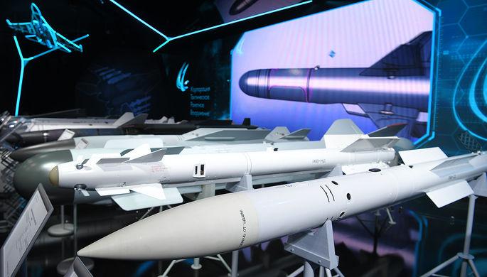 Авиационная ракета класса «воздух-воздух» на Международном авиационно-космическом салоне МАКС-2019 в подмосковном Жуковском