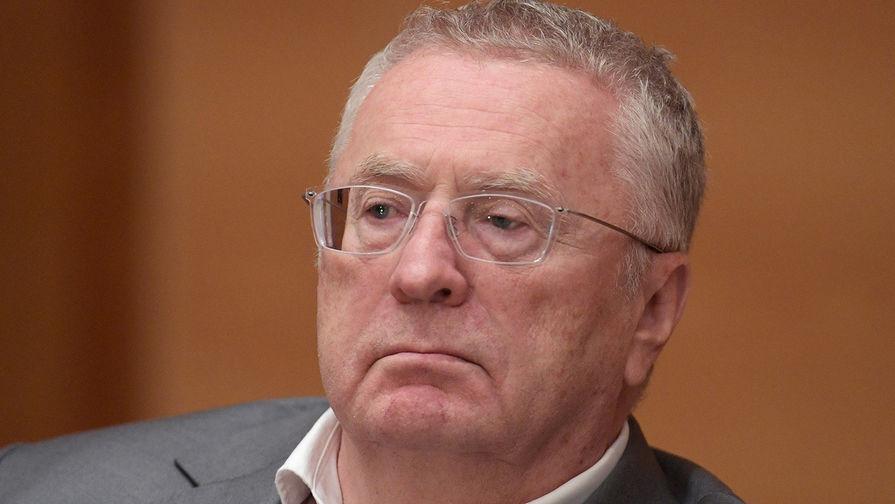 В МВД пообещали выдать Жириновскому электронный паспорт в числе первых