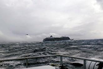Круизный лайнер VIKING SKY у берегов Норвегии, 23 марта 2019 года