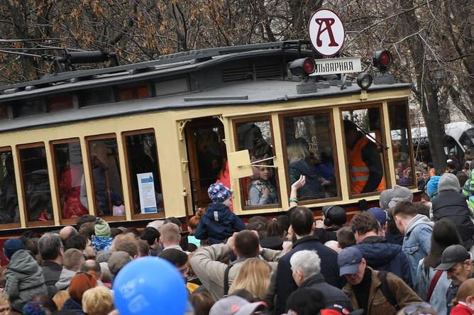 Торжественный парад трамваев разных времен в Москве, 20 апреля 2019 года