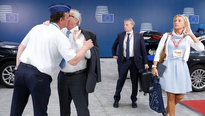 Председатель Европейской комиссии Жан-Клод Юнкер во время саммита в Брюсселе, 2 июля 2019 года