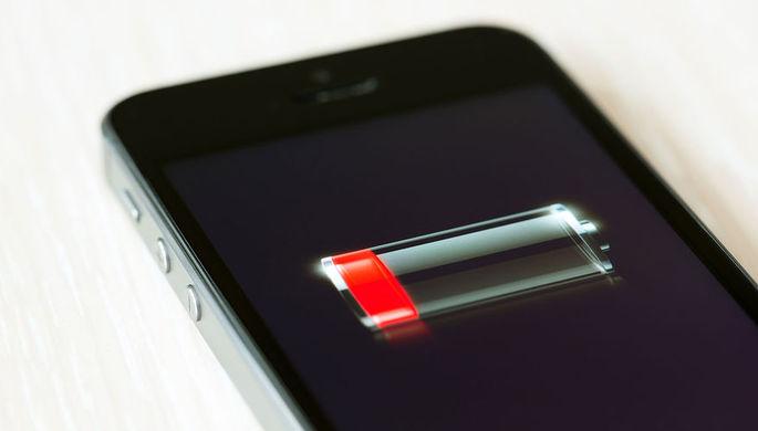 Ошибка в iPhone: Apple запретила менять батареи самостоятельно