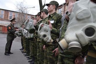 Ректоры вузов предлагают отправлять студентов на все лето на военные сборы