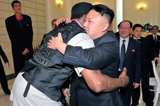 Дэннис Родман пытается передать теплоту своего отношения к Ким Чен Ыну президенту США Бараку Обаме