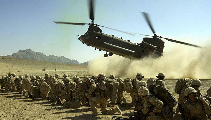 Тяжелый военно-транспортный вертолет Boeing CH-47 Chinook
