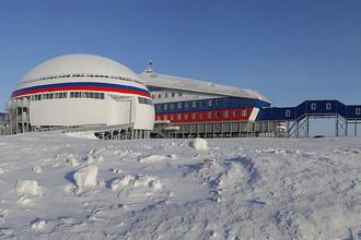 Российская военная база «Арктический трилистник» на острове Земля Александры архипелага Земля Франца-Иосифа, апрель 2017 года
