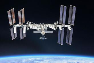 Вид на международную космическую станцию с борта корабля «Союз», 4 октября 2018 год
