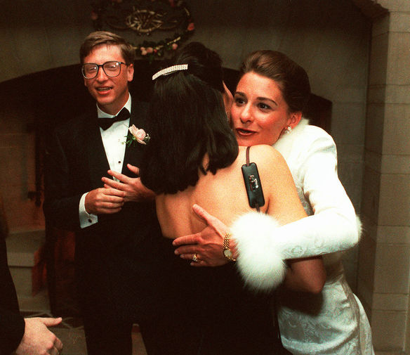 Билл и Мелинда Гейтс во время вечеринки в Сиэтле вскоре после свадьбы на Гавайях, 1994 год
