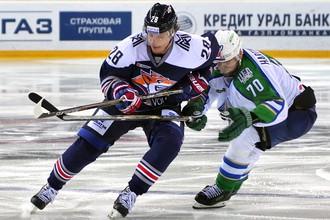 «Магнитка» против «Салавата» в матче КХЛ