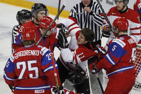Российские хоккеисты не смогли порадовать болельщиков в последние часы 2012 гада