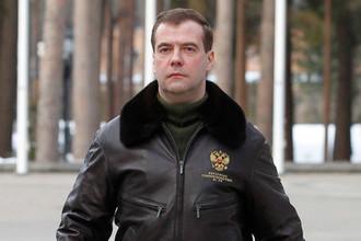21 марта 2011 г. Президент России Дмитрий Медведев перед выступлением с Заявлением в связи с ситуацией в Ливии на территории резиденции «Горки»