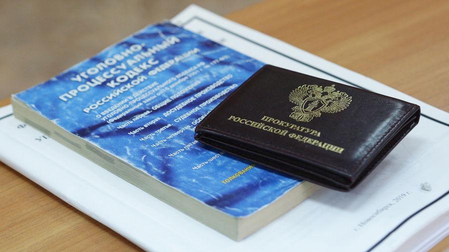 Прокуратура начала проверку после драки двух школьниц в Омске
