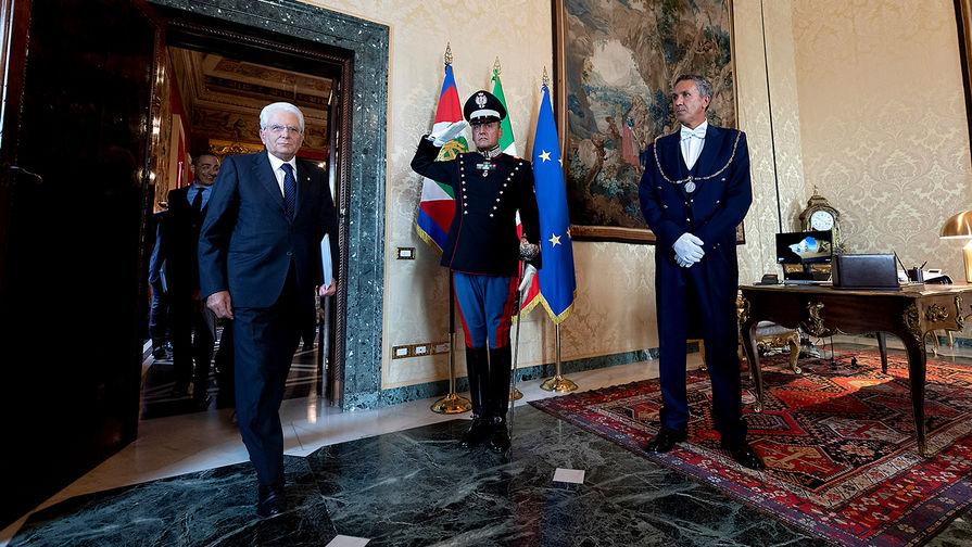 Президент Италии Серджо Маттарелла перед встречей с лидерами политических партий в Риме, 22 августа 2019 года