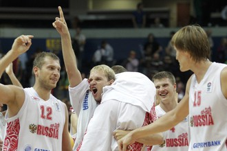 Трехочковый Сергея Мони принес сборной России победу над македонцами