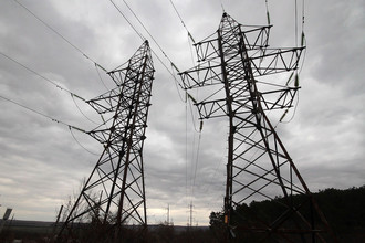 Линии электропередачи в селе Строгановка
