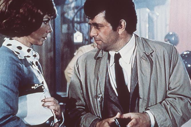 Питер Фальк в роли лейтенанта Коломбо в одноименном сериале, 1973 год
