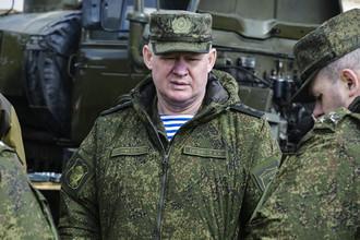 Командующий Воздушно-десантными войсками Андрей Сердюков во время командно-штабных учений ВДВ на полигоне Опук в Крыму, март 2017 года