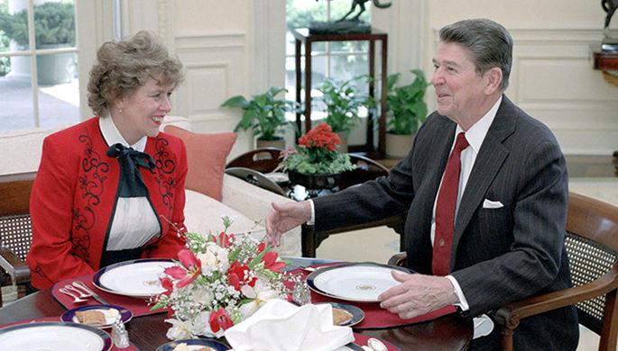 Сюзанна Масси и президент США Рональд Рейган