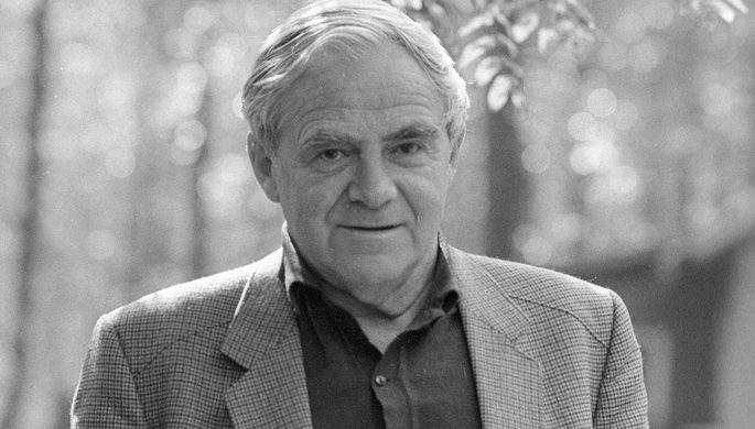 Даниил Гранин (1 января 1919 — 4 июля 2017) — советский и российский писатель...