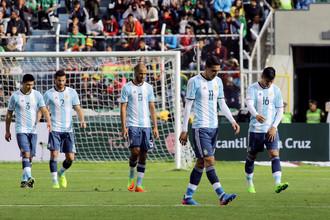 Сборная Аргентины проиграла без Лионеля Месси в Боливии и опустилась на пятую строчку турнирной таблицы квалификационного раунда в Южной Америке