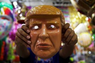 «Расист и женоненавистник»: как Трамп агитирует женщин